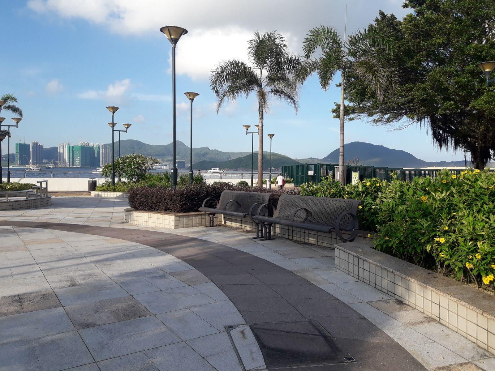 Sui Sai Wan Promenade's bench