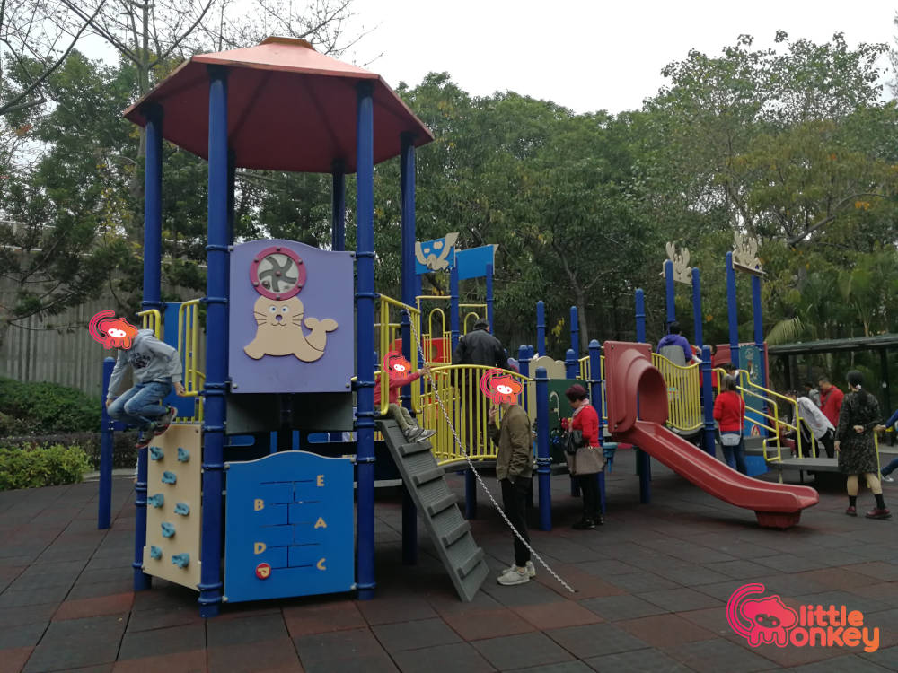 Nam Cheong Park's outdoor equipments at playground