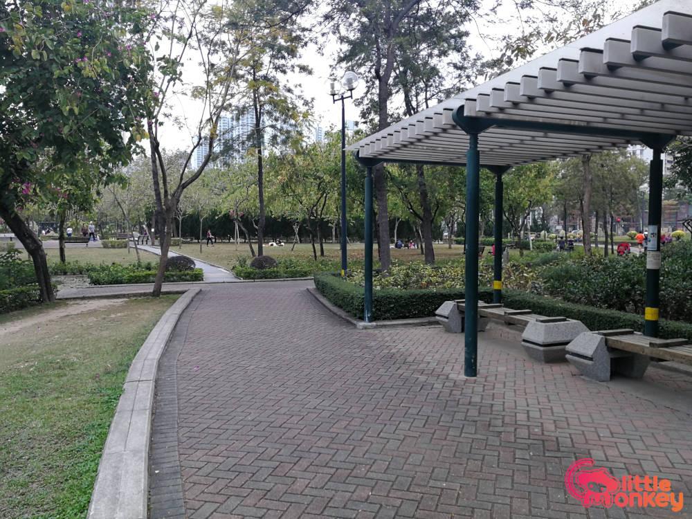 Nam Cheong Park's wooden bench