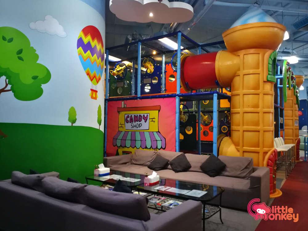 Fun Zone (Kennedy Town) Sitting Area