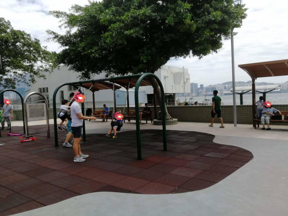 Tai Wan Shan Park's playground swings