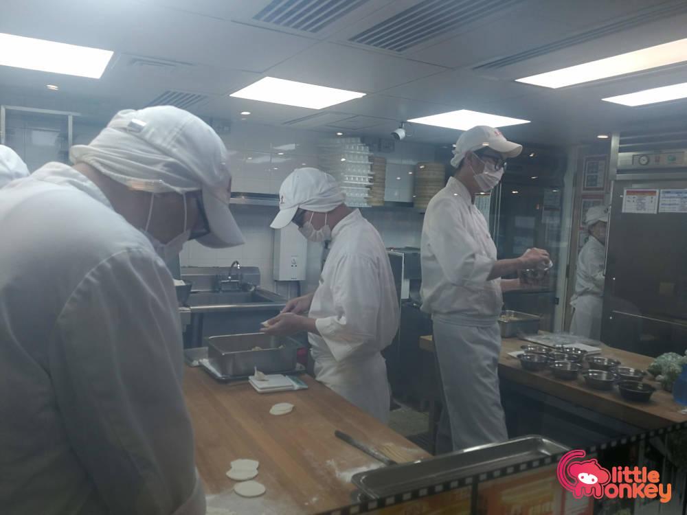 Din Tai Fung's kitchen in Silvercord