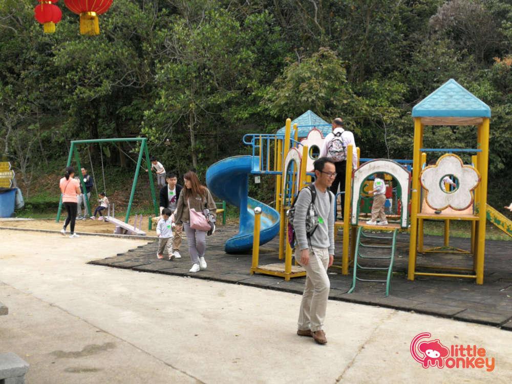 Tai Tong Organic EcoPark's Kid Playground Next to Family Climbing Net